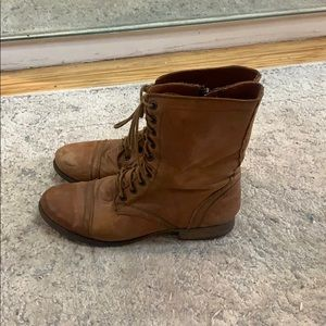 Steve Madden Troopa Combat Boot Size 9.5 Chestnut